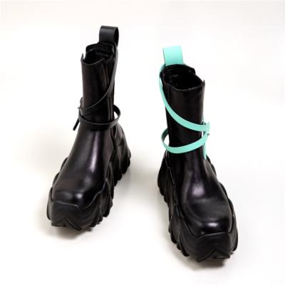 レディース 原宿 プラットフォーム ブーツ ロック風 大胆に凹凸をつけたボリュームソール ショットブーツ