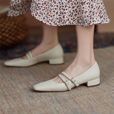 白 美脚 メリージェーン 歩きやすいシューズ 大人の可愛い靴