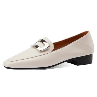 ホワイト 本革 歩きやすい靴 人気バックルローファー フラットシューズ
