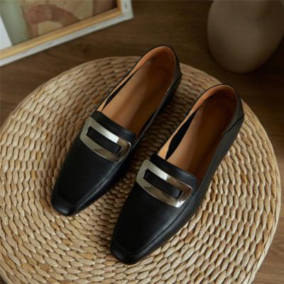 ブラック 本革 歩きやすい靴 人気バックルローファー フラットシューズ