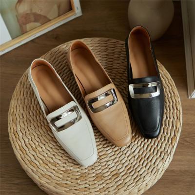 本革 歩きやすい靴 人気バックルローファー フラットシューズ
