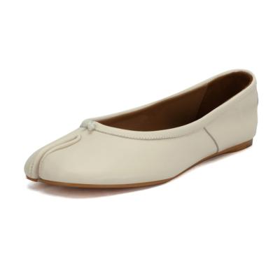 本革 ホワイト フラット 足袋 バレエシューズ 歩きやすい靴
