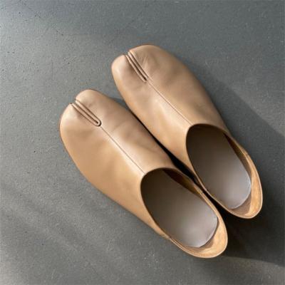 本革 カーキ 足袋 人気靴 歩きやすい フラットシューズ